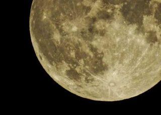 「中秋の名月」8年ぶりの満月