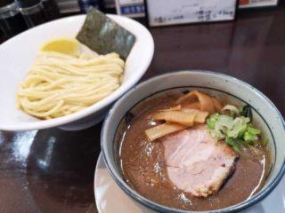 初 諭吉製麺所さん